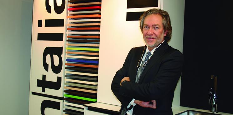 Entrevista a Juan Luis Salvador, Director de Antalia