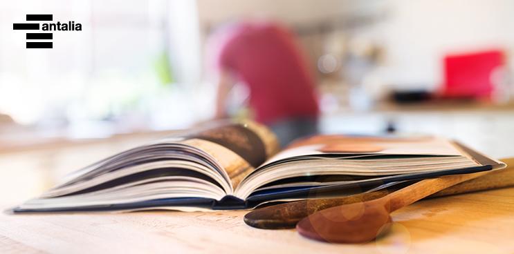 Cinco libros de cocina para leer (y cocinar) en verano